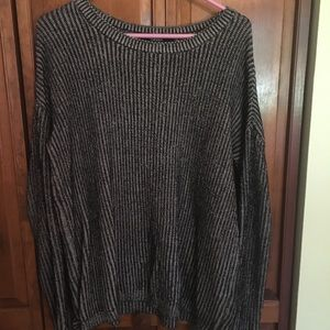 Forever 21 Black and White Knit Crew Neck
